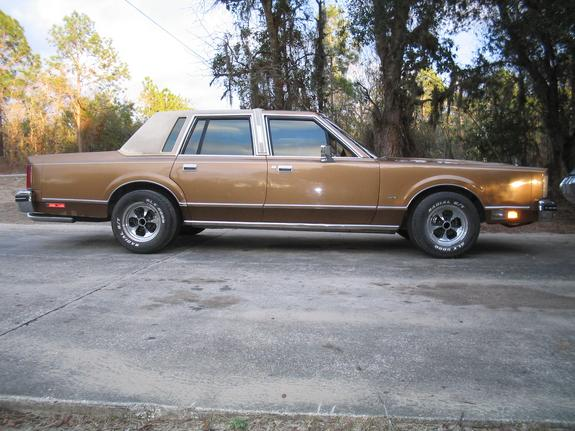 Another Phayzer5 1984 Lincoln Town Car Post Photo 3984866