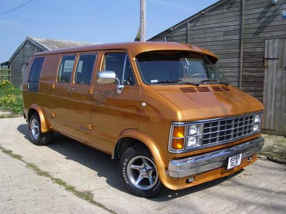 Getinthrucustomz 1985 Dodge Ram Van 150 Specs Photos
