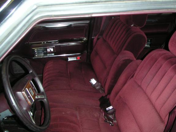 88lincoln 1988 lincoln town car specs photos modification info at cardomain. Black Bedroom Furniture Sets. Home Design Ideas