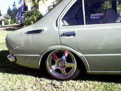 queenwillie2 1975 Toyota Corolla