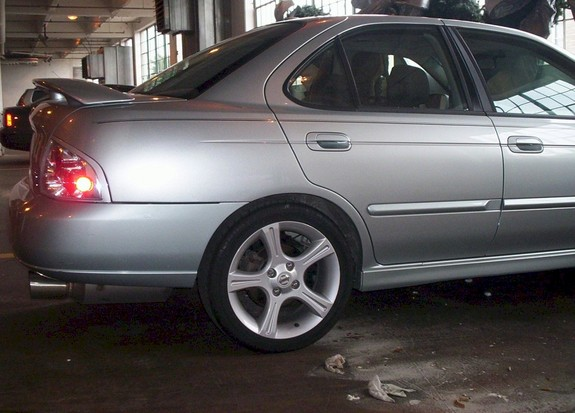 Another vector03 2003 Nissan Sentra post... - 4159474