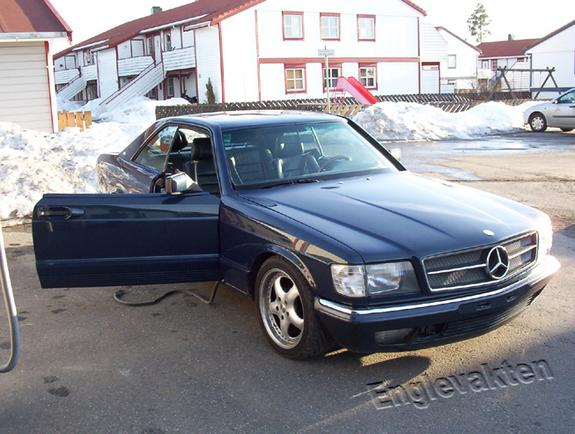 Another englevakten 1983 Mercedes-Benz S-Class post... - 4177395