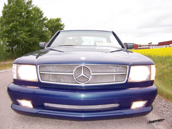 Another englevakten 1983 Mercedes-Benz S-Class post... - 4177398