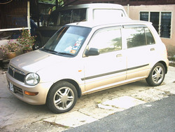 samsuris 2004 Daihatsu Cuore