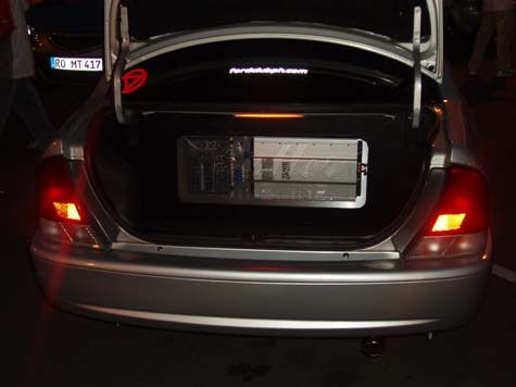 Another mnggoy 2000 Ford Laser post... - 4238684