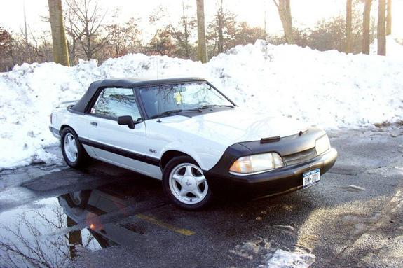 89LXRAGTOP 1989 Ford Mustang