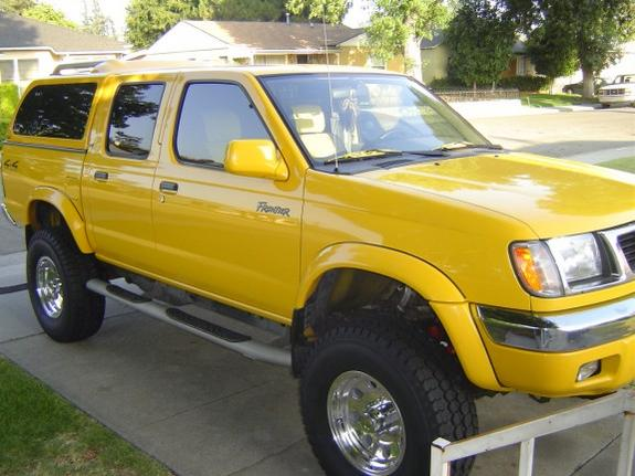 Nissan Frontier Body Lift