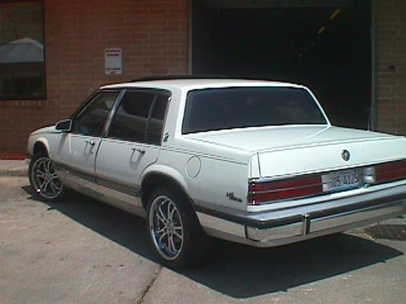 Large on 1990 Buick Park Avenue Ultra