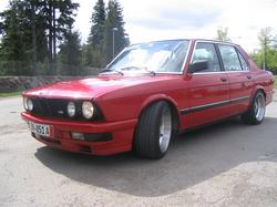 Hasardi 1985 BMW 5 Series