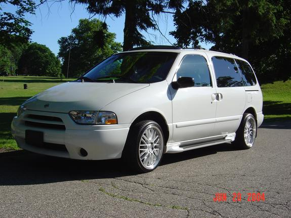 DannyQuest's 2001 Nissan Quest