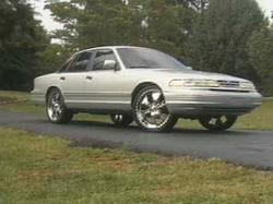 Juviey 1996 Ford Crown Victoria
