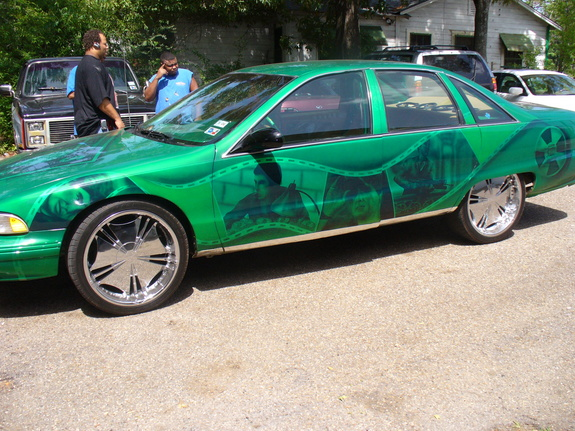 Candy_CC_on24s 1995 Chevrolet Caprice 4437270