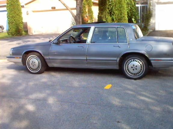 Large on Buick Park Avenue Ultra