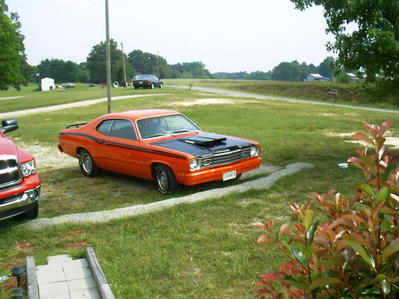Another rlcj24530 1975 Plymouth Duster post... - 4478776