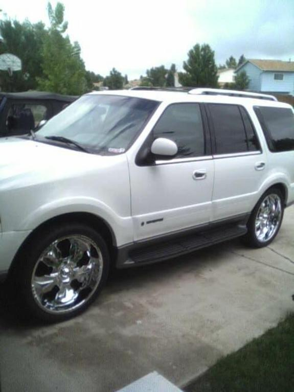 Lolo1000 2001 Lincoln Navigator Specs Photos Modification Info At Cardomain