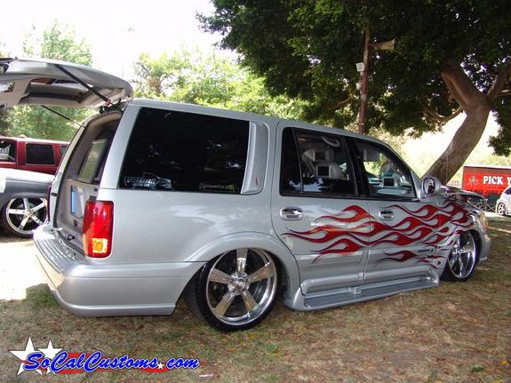 Another chrome_spinners 2005 Cadillac Escalade post... - 4487945