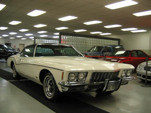 Another motordc 1972 Buick Riviera post... - 4500123