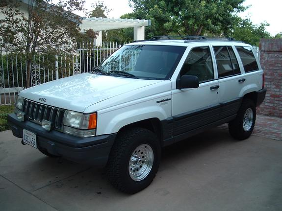 scottydawg11 1995 jeep grand cherokee specs photos modification info at cardomain. Black Bedroom Furniture Sets. Home Design Ideas