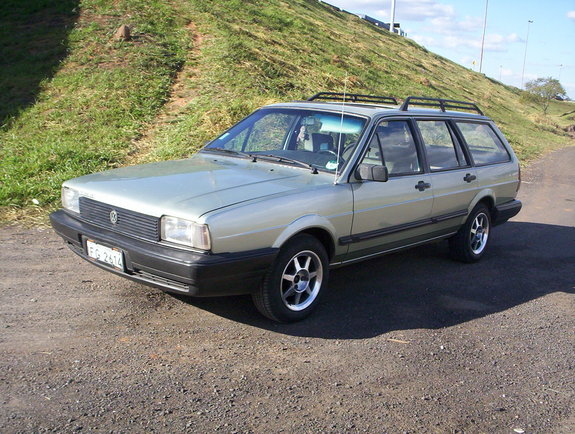Another severo 1988 Volkswagen Quantum post... - 4590463