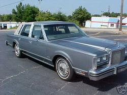 insanity1979's 1983 Lincoln Town Car