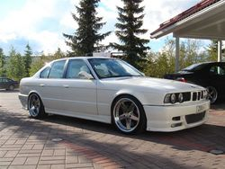 e34zouis 1990 BMW 5 Series
