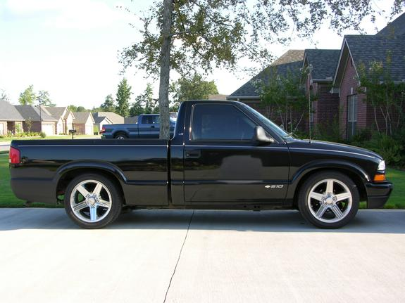 ixodiasis 1998 chevrolet s10 regular cab specs photos modification info at cardomain. Black Bedroom Furniture Sets. Home Design Ideas