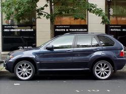 enice20s 2004 BMW X5