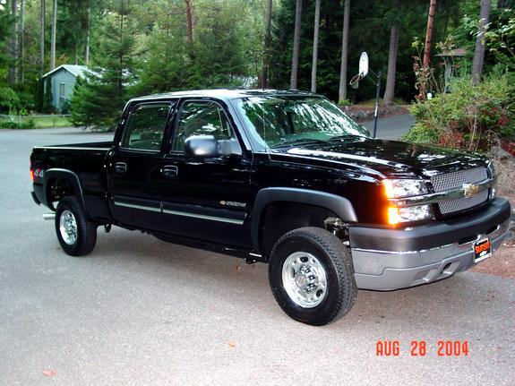 reneeak 2004 chevrolet silverado 1500 regular cab specs photos modification info at cardomain. Black Bedroom Furniture Sets. Home Design Ideas