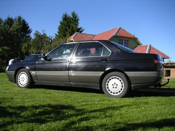 Another fotek 1992 Alfa Romeo 164 post... - 4734685