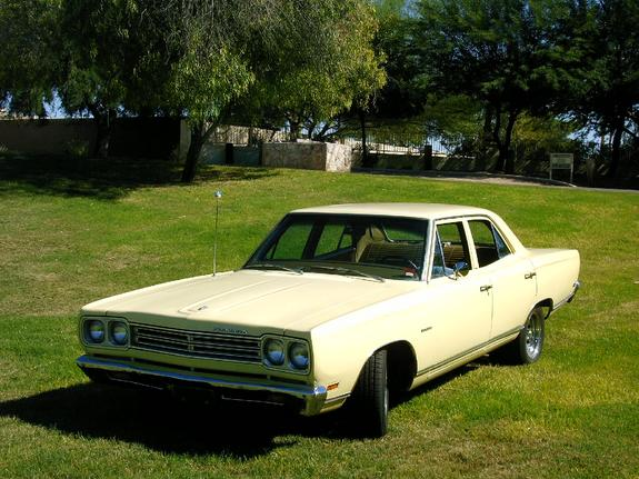bananaboat480's 1969 Plymouth Satellite