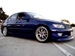 XfactorAEGs 2002 Lexus IS