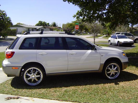 05lander 2005 mitsubishi outlander specs photos. Black Bedroom Furniture Sets. Home Design Ideas