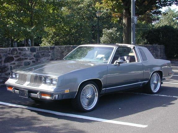 Another Buddaisey 1985 Oldsmobile Cutlass Supreme Post Photo 4917991