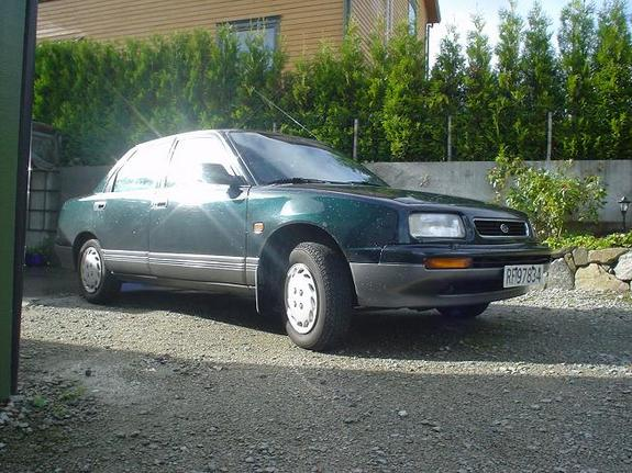 Another Hoeydal 1992 Daihatsu Applause post... - 4950757