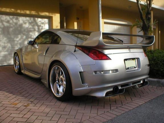 Another bakhressa 2004 Nissan 350Z post... - 4991377