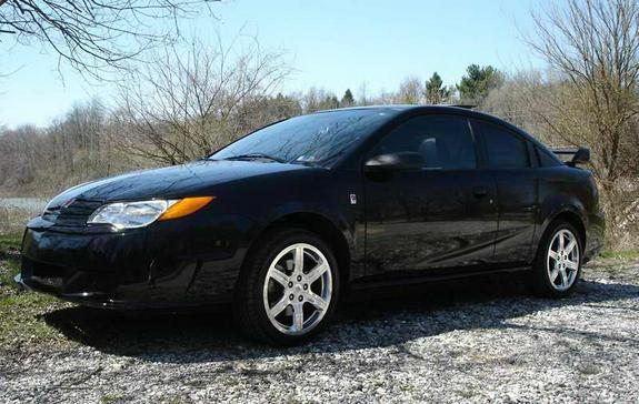 blkredline04 2004 Saturn Ion