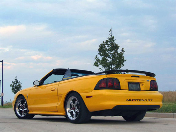 Mustang Saleen 1994 1994 Ford Mustang 5037386