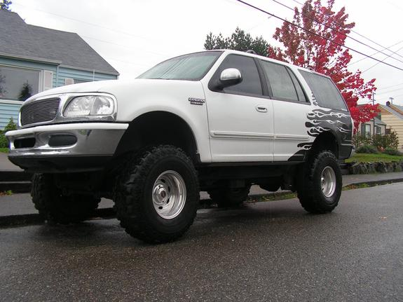 Cherie Po  Ford Expedition _large