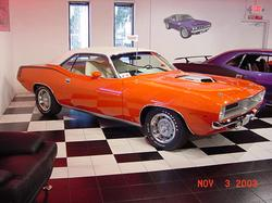 426_hemi_cudas 1970 Plymouth Barracuda