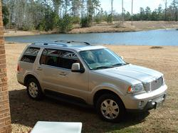 Shizane 2003 Lincoln Aviator