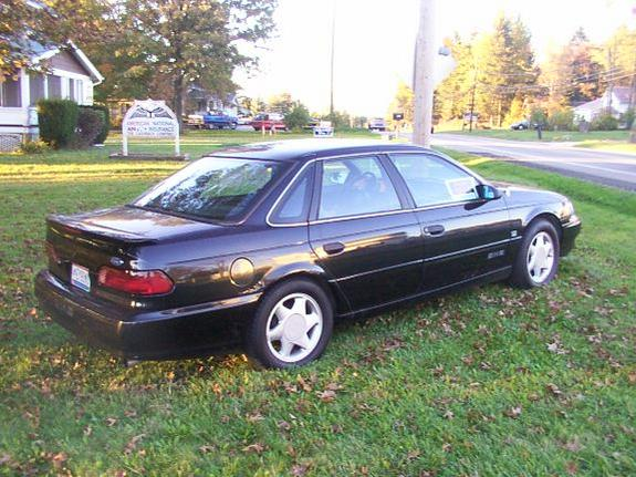 shofun 93 39 s 1993 ford taurus in akron oh. Black Bedroom Furniture Sets. Home Design Ideas