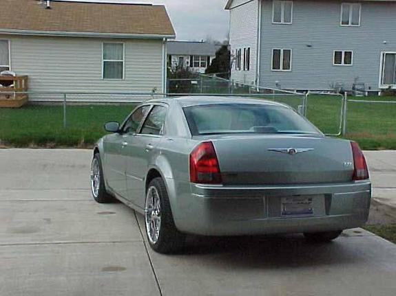 Another allsmooth 2005 Chrysler 300 post... - 5172232