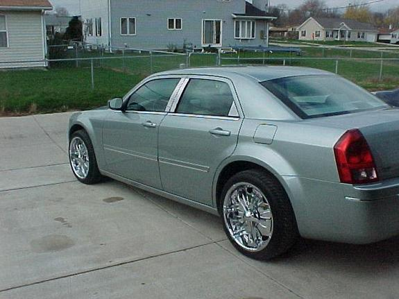 Another allsmooth 2005 Chrysler 300 post... - 5172233