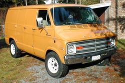 1hot360 1977 Dodge Ram Van 150