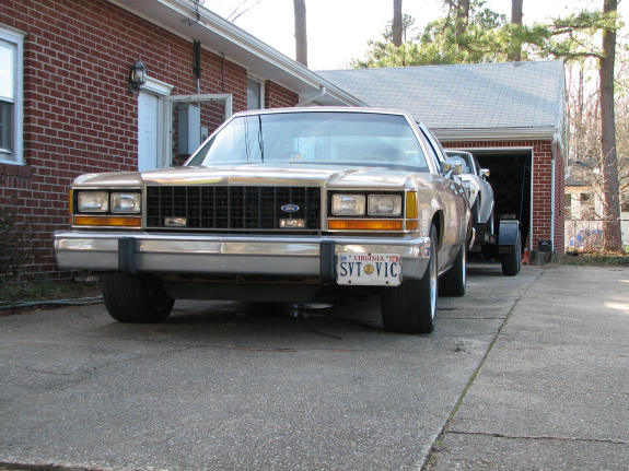 Blaze86Vic 1986 Ford LTD Crown Victoria 5188316