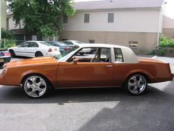 GNSITTINGON20S 1981 Buick Regal