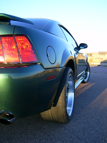 MM2425 2002 Ford Mustang
