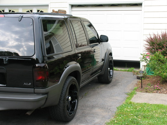 Another 00Explorer 2000 Ford Explorer post... - 5222069