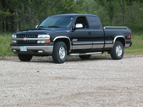 rizzle325em 2000 chevrolet silverado 1500 regular cab specs photos modification info at cardomain. Black Bedroom Furniture Sets. Home Design Ideas