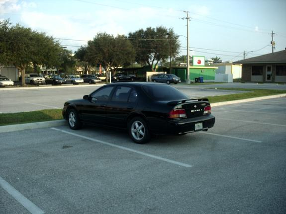 thebrandominator 39 s 1997 nissan maxima in venice fl. Black Bedroom Furniture Sets. Home Design Ideas